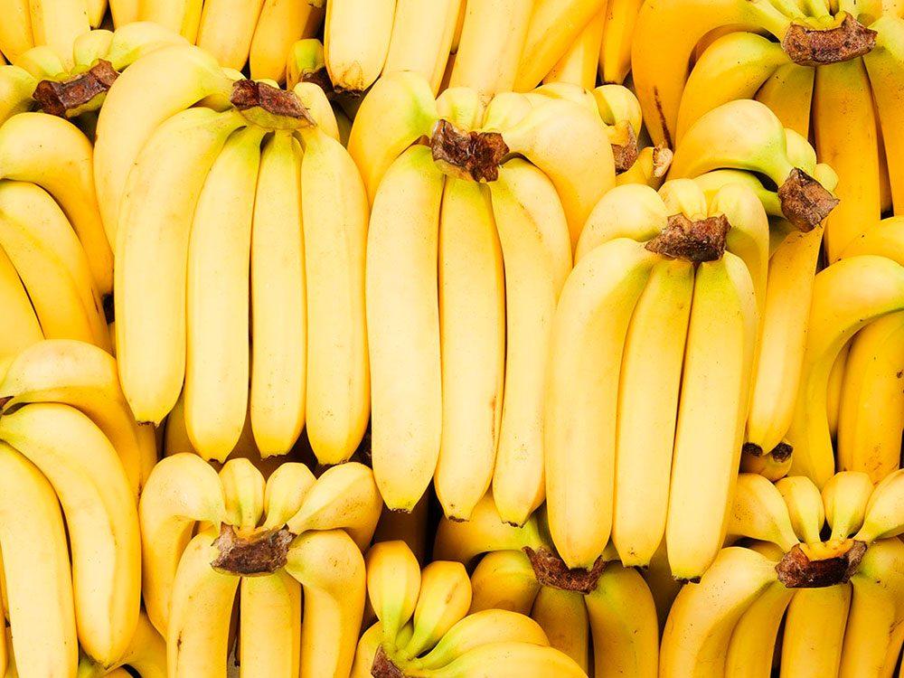 6 façons de prolonger la durée de vie des bananes.