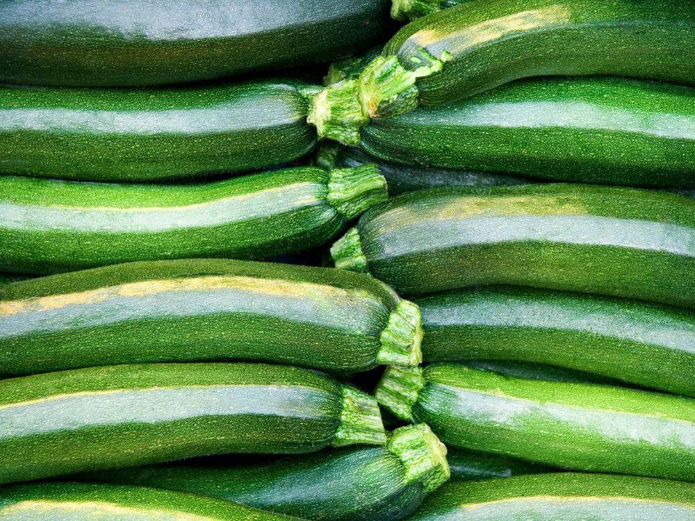 La courgette fait partie des aliments au barbecue qui sont réellement bons pour votre santé.