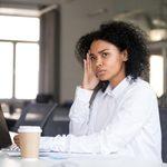 13 signes de harcèlement sexuel au travail… à prendre au sérieux!