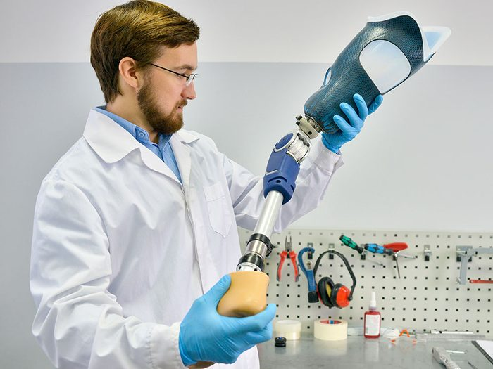 Il faut tout réapprendre à la suite d'une intervention médicale avec amputation.