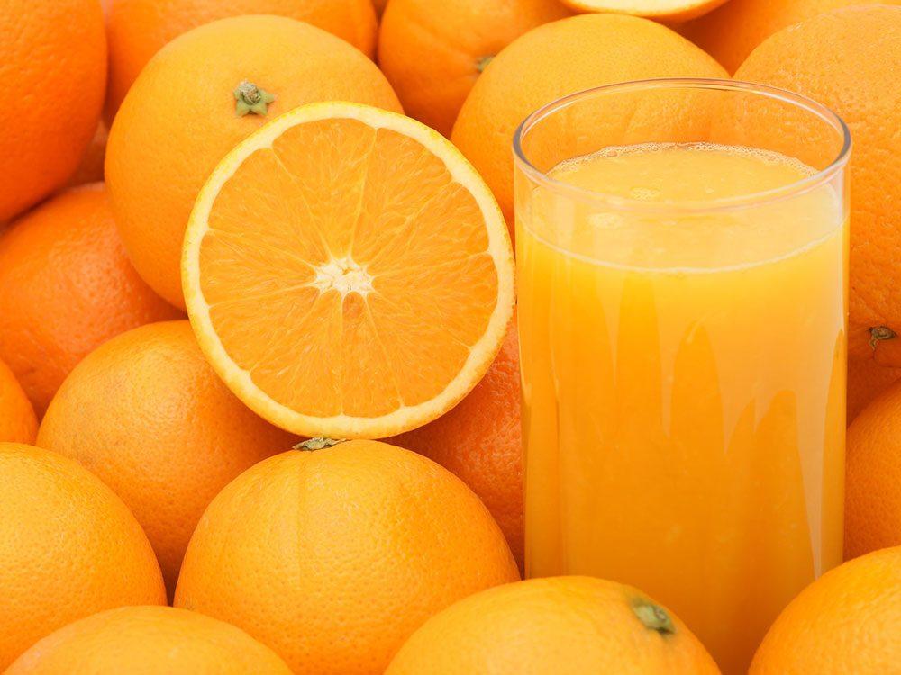 Les jus de fruits sont à éviter pour lutter contre l'anxiété.