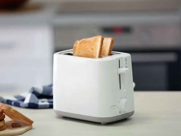 Le grille-pain est l'un des objets du quotidien qui est souvent mal utilisé.