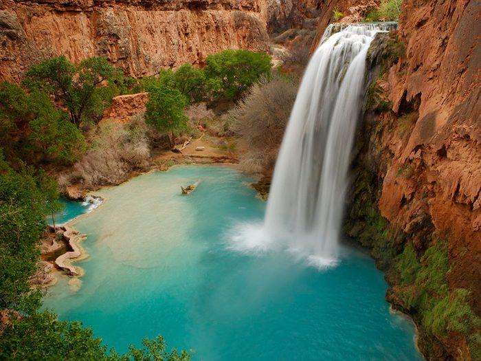 Les chutes Havasu offrent une piscine naturelle de rêve.