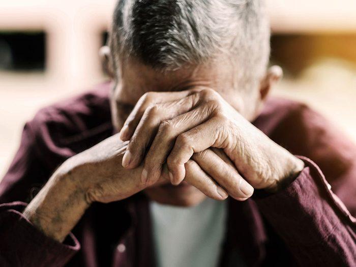La solitude peut affecter la santé cérébrale et l'acuité mentale.