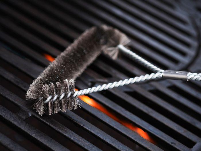 Il est temps de commencer le tri d'automne par les gadgets de barbecue.