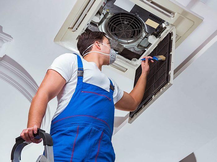 Comment augmenter la valeur de sa maison: pensez à la mise à jour du chauffage, de la ventilation et de la climatisation.