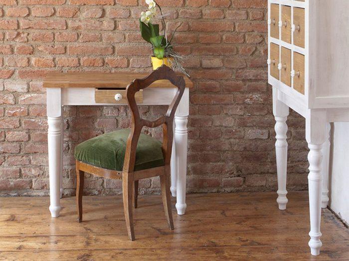 Des meubles peints pour une déco champêtre.