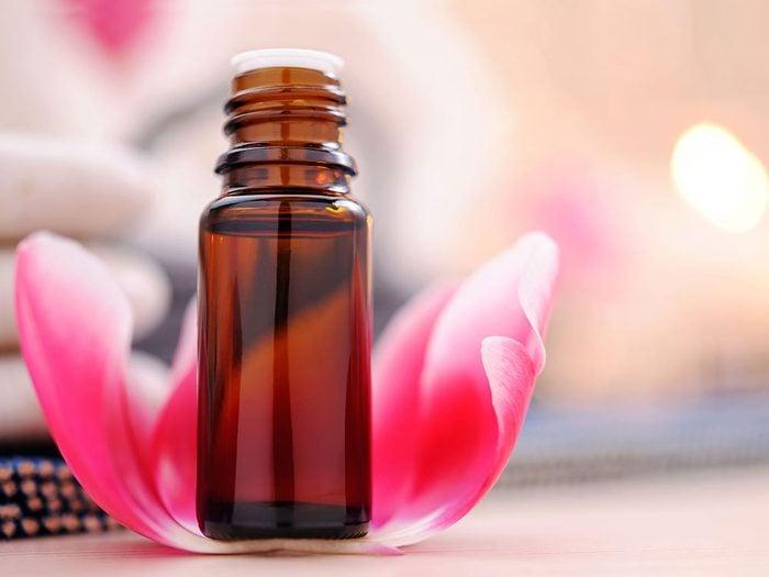 Établir de nouvelles associations olfactives pour entraîner son cerveau.