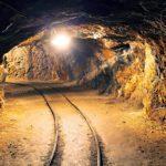 De nos archives: prisonniers dans les profondeurs d'une mine d'or