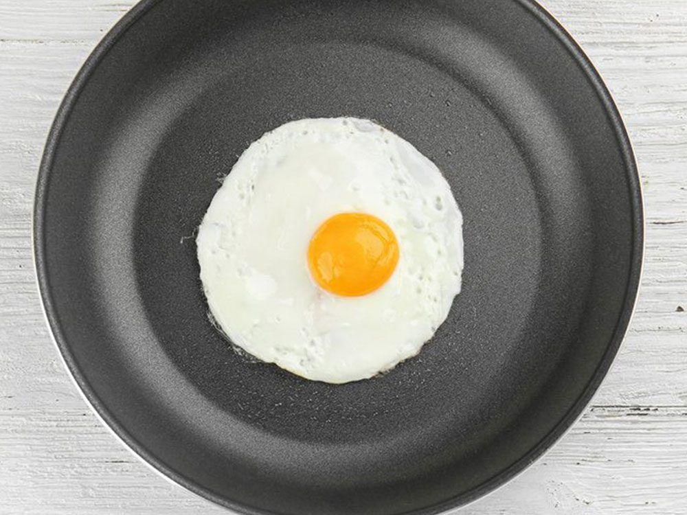 Évitez de rapporter les œufs en tant que restes de table.