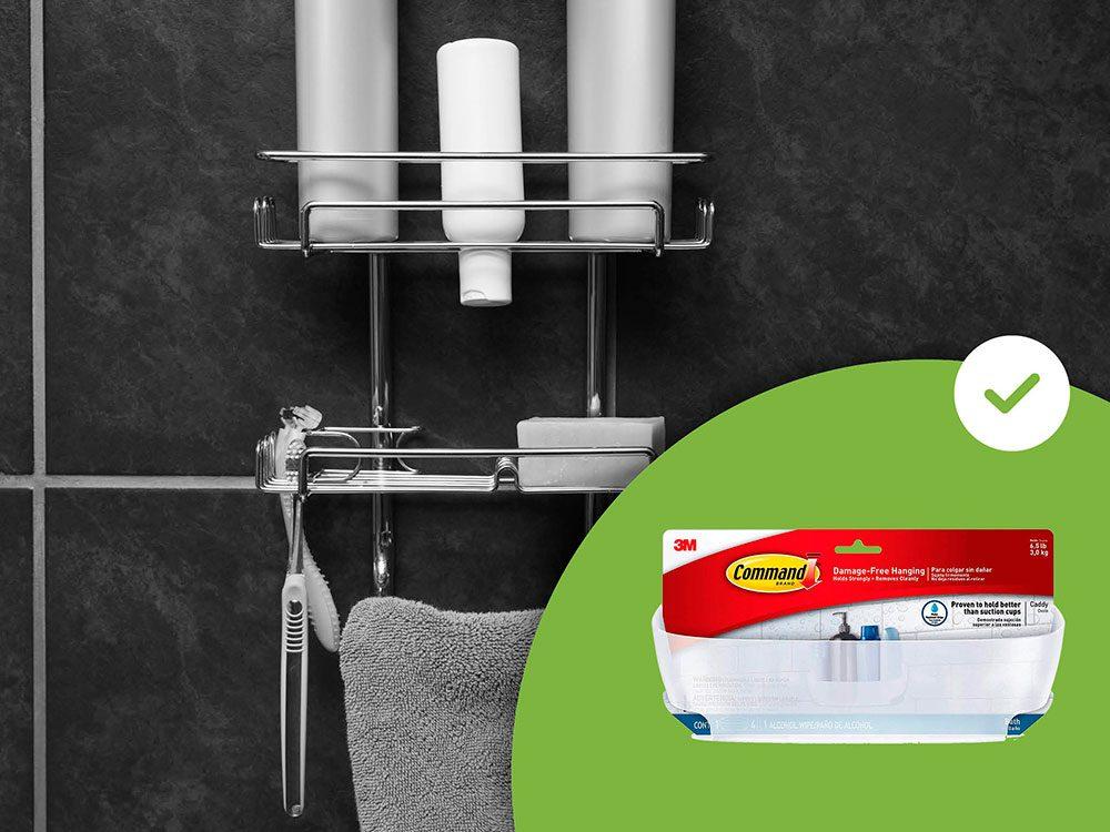 Les étagères de douche à ventouse font partie des accessoires de rangement que les experts en organisation n'achètent jamais.