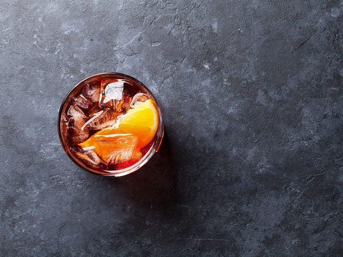 L'alcool fait partie des aliments qui sont mauvais pour le cœur.