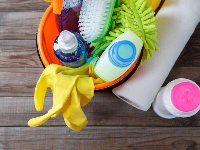 Brûler des calories grâce aux tâches ménagères.