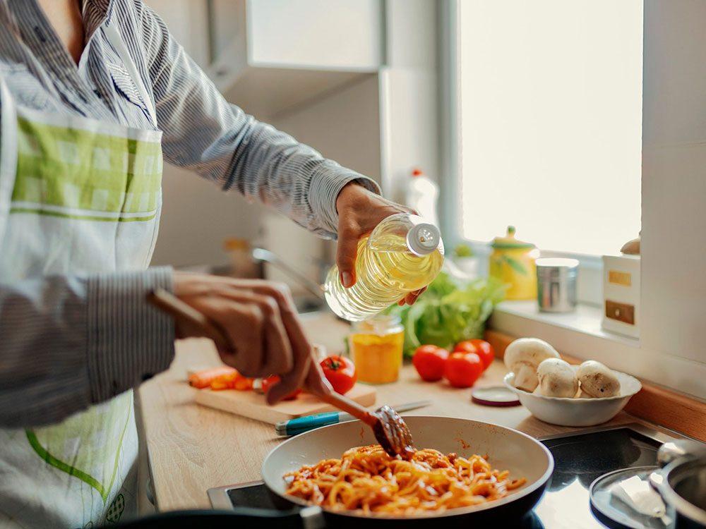 Huile pour la cuisson: quelle est la meilleure huile pour la santé?