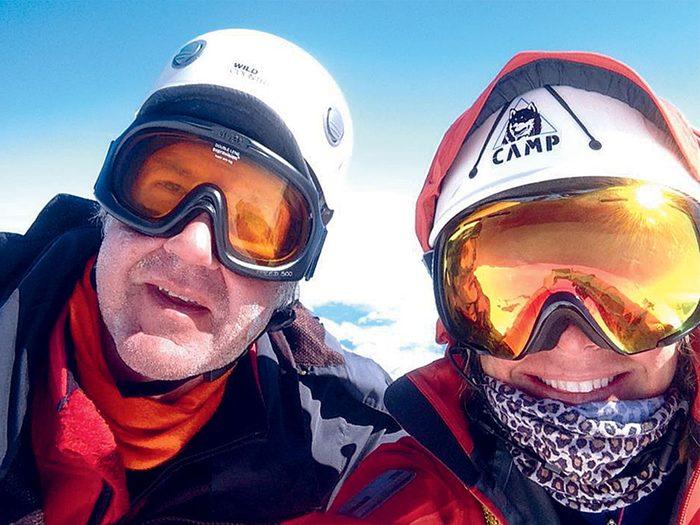 Alpinisme: Arvid Lahti et Monique Richard au mont Rainier, en 2016, peu avant le drame.