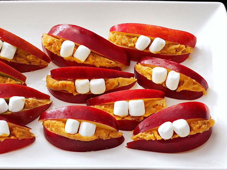 Recette pour faire des petites bouches pommes et guimauves.