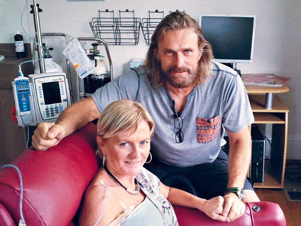 Le traitement expérimental contre le cancer qui a sauvé Julie.