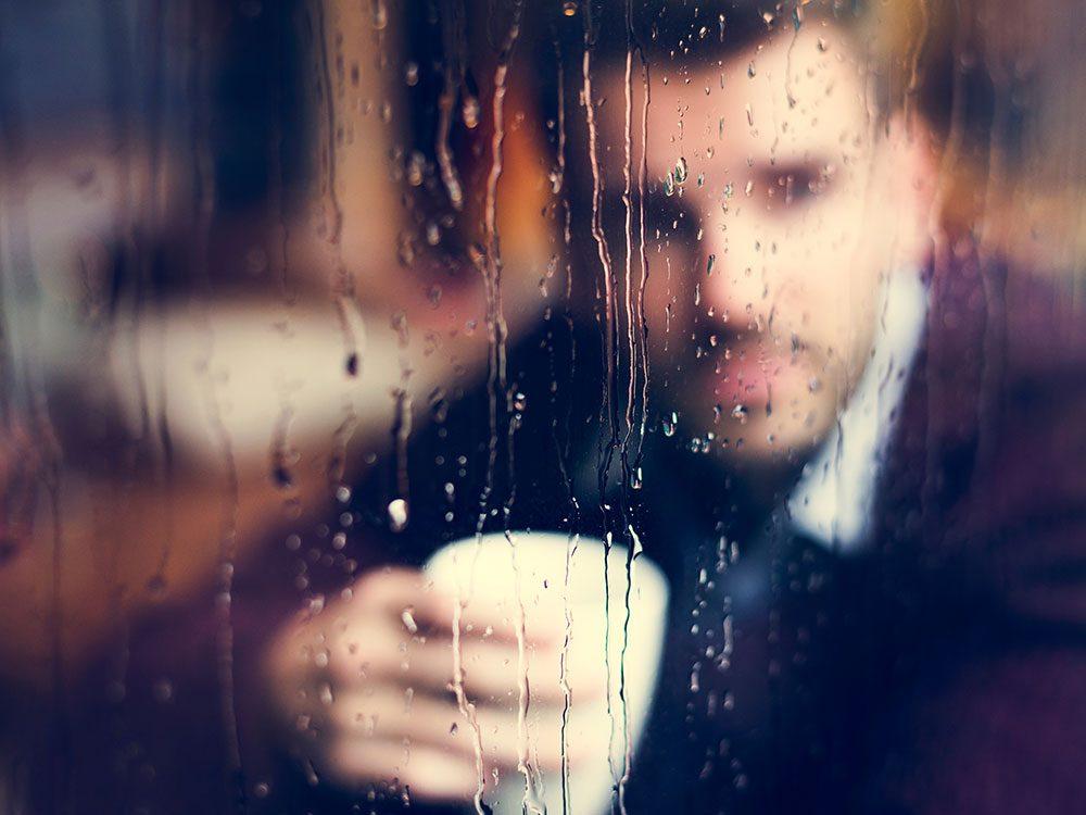 La tristesse est ce qui empêche une tragédie de devenir un traumatisme.