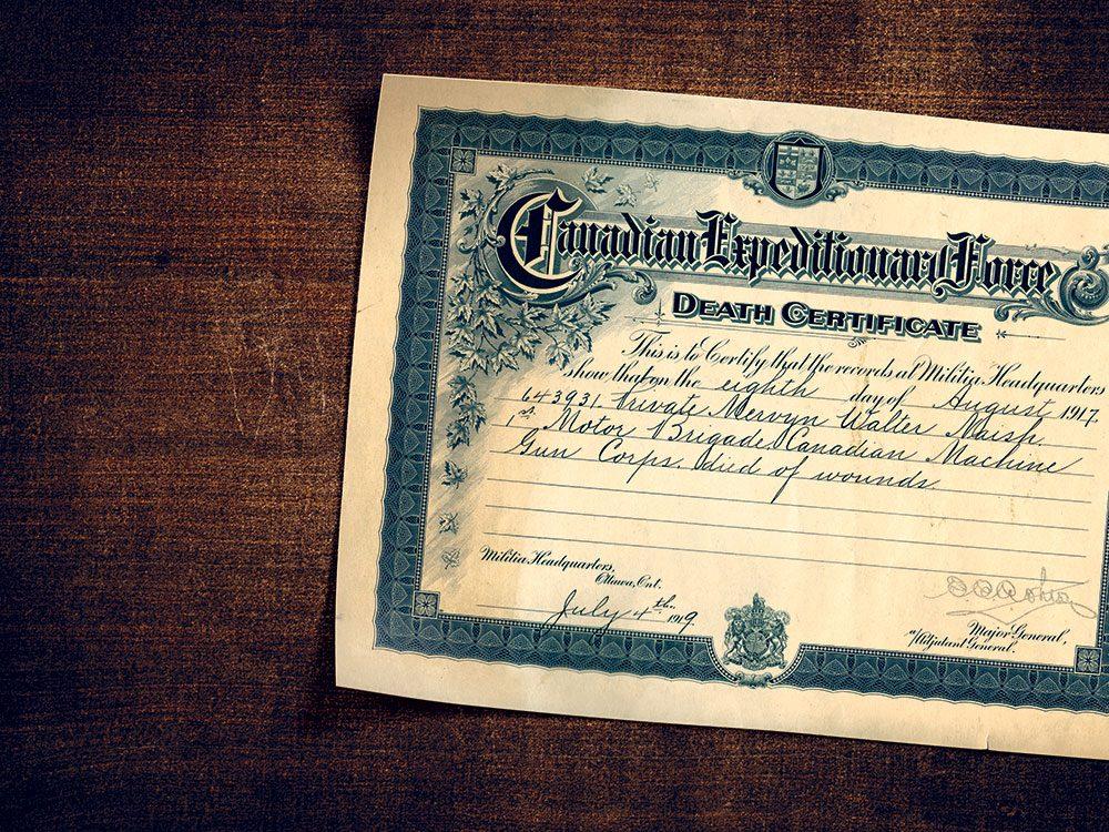 Le certificat de décès datant de la Première Guerre mondiale.