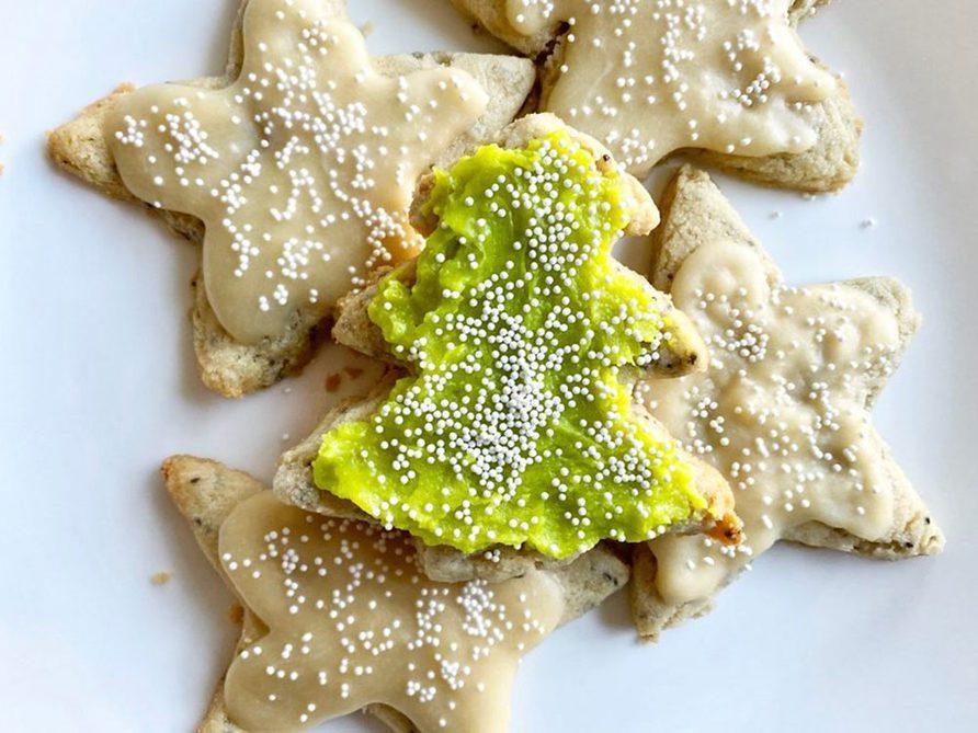 Recette de biscuits au sucre végétaliens sans gluten.