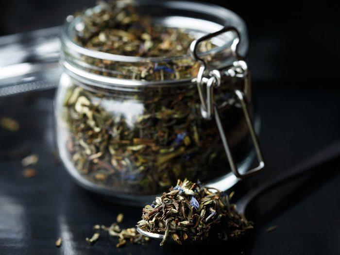 Comment préparer le thé: modifiez l'infusion au besoin.