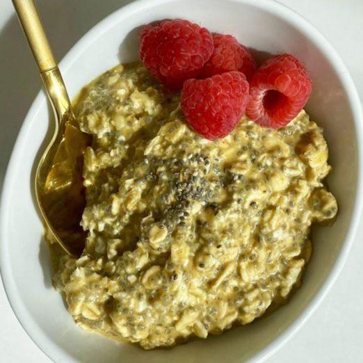 Gruau sans cuisson «Golden Milk» pour stimuler le système immunitaire