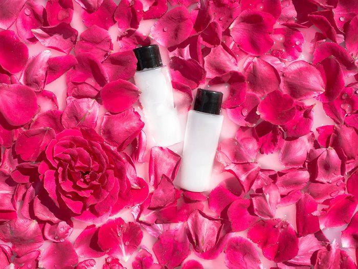 Produits de beauté maison: le lait nettoyant floral.