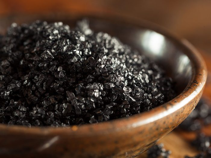 Quel est le meilleur sel pour la santé: le sel rouge et le sel noir hawaïen.