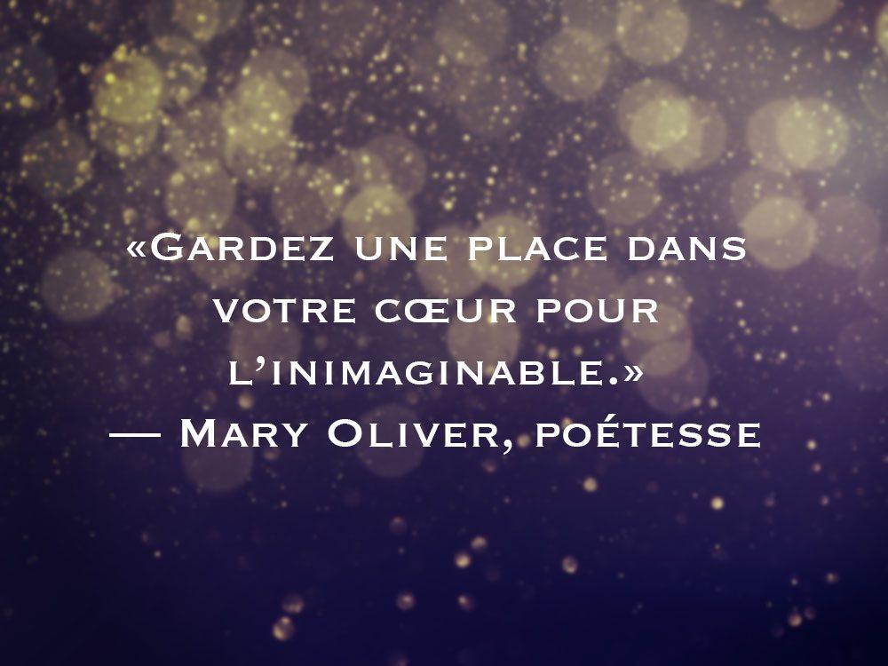 L'une des phrases de Mary Oliver fait partie des 50 citations inspirantes pour le Nouvel An 2021.