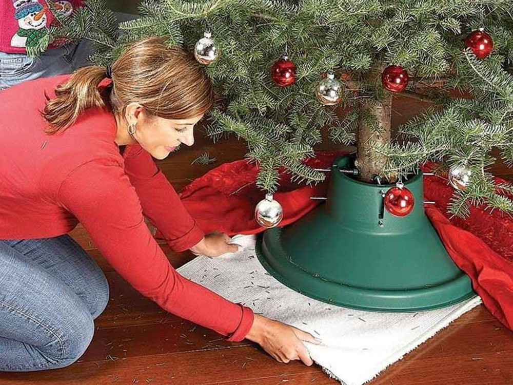 Un plateau pivotant pour planchers de bois pour admirer vos décorations de Noël.