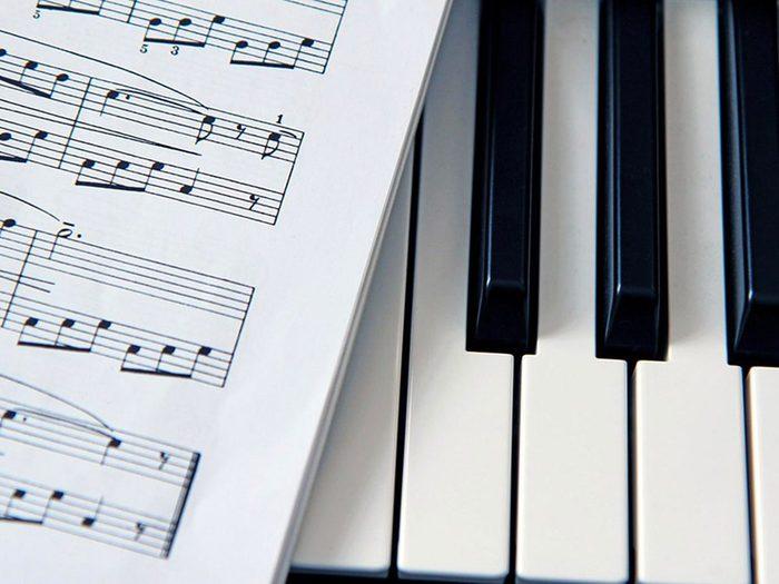 Mots cachés à imprimer: Musique (5 lettres).