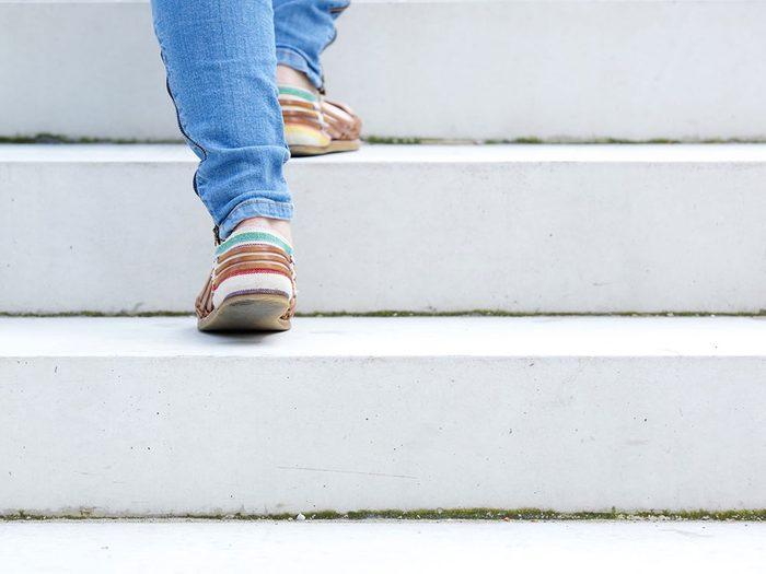 Vous n'êtes pas en forme si vous êtes hors d'haleine en faisant des activités exigeant un minimum d'effort.