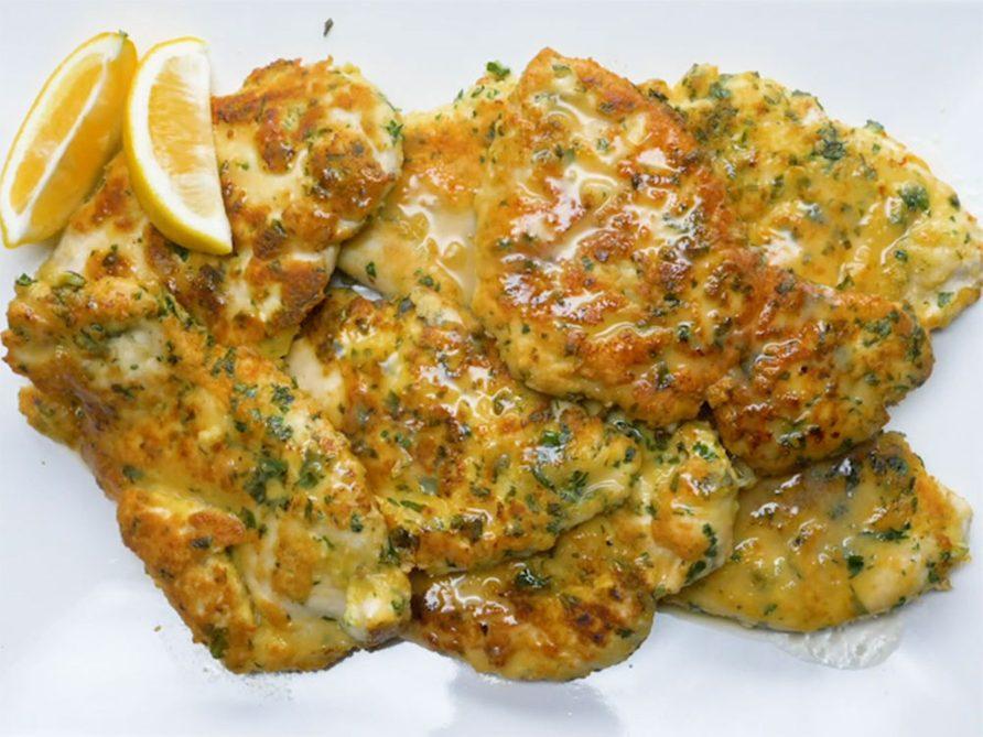 Piccata de poulet avec sauce au citron.