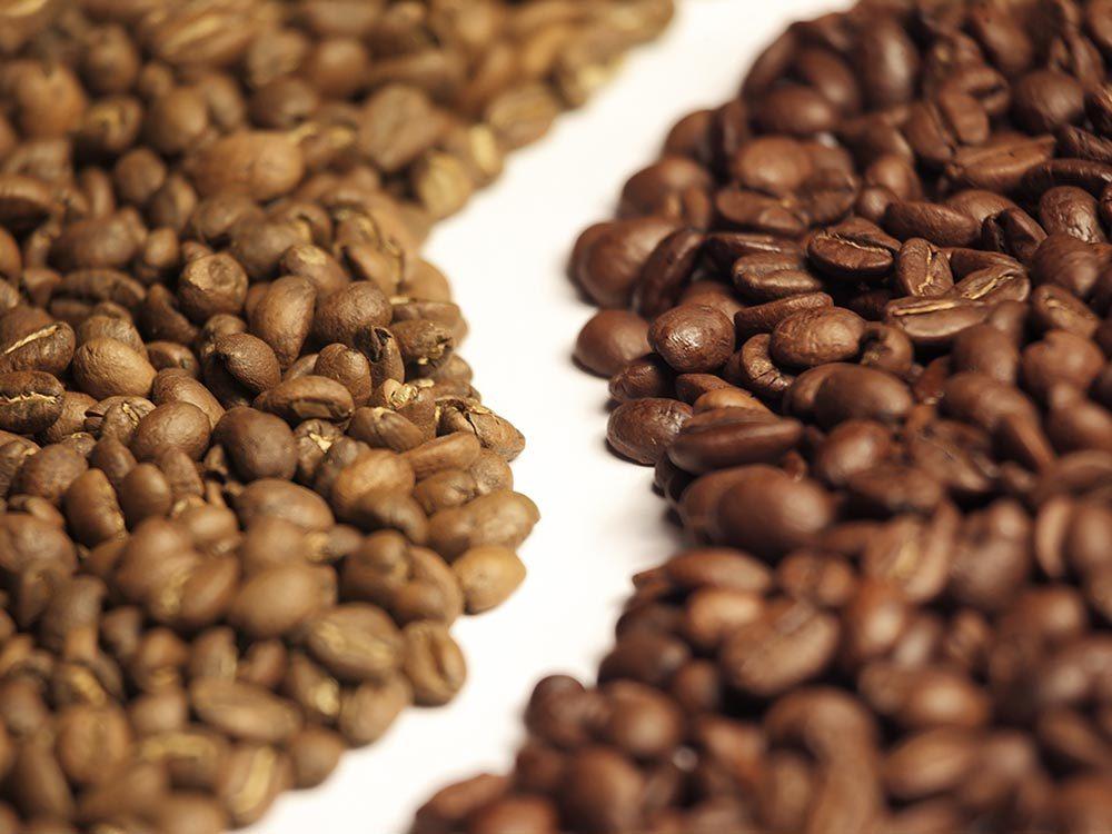 Il existe une différence de goût entre l'arabica et le robusta.