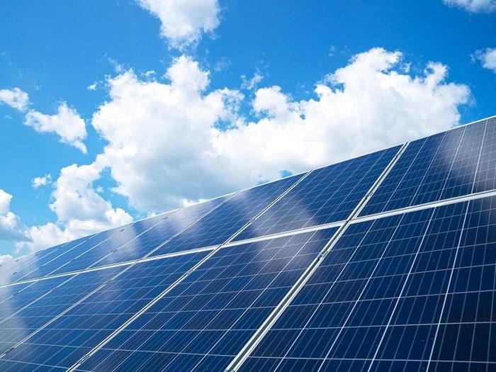 Bonne nouvelle: une ferme solaire autochtone aide à réduire la pollution.