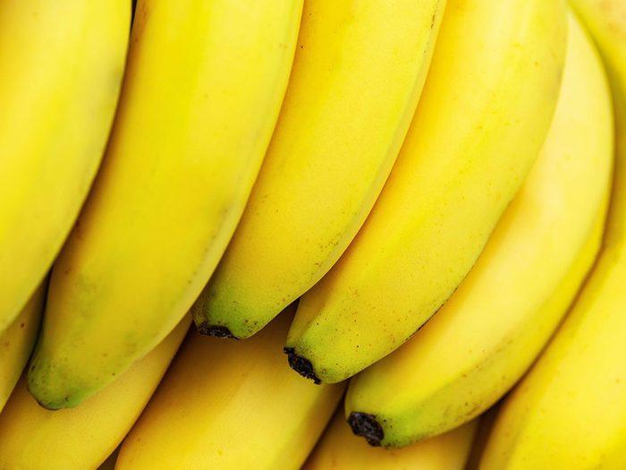 Conservation des aliments: mettez les bananes mûres au frigo.