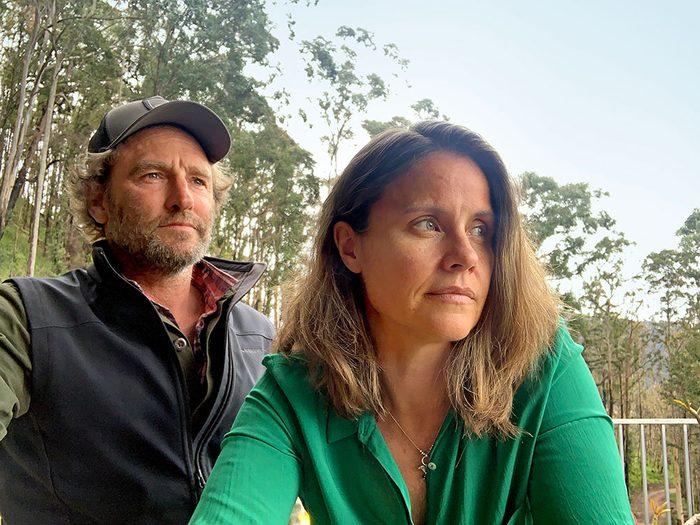 Incendies en Australie: les feux de forêt ont rattrapés Bronwyn Adcock et son mari Chris.