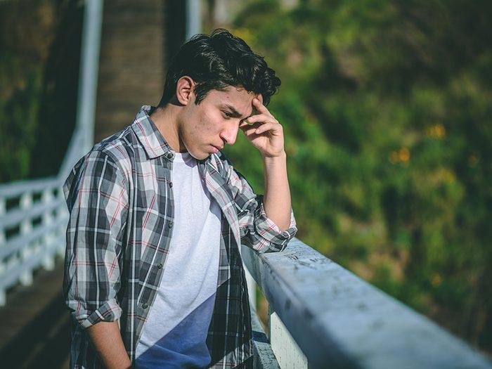 Prévention du suicide: le suicide est la deuxième cause de mortalité chez les personnes âgées de 15 à 34 ans en Amérique du Nord.