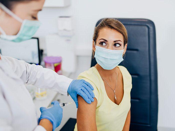 Se faire vacciner contre la Covid 19 pour vous sauver la vie.
