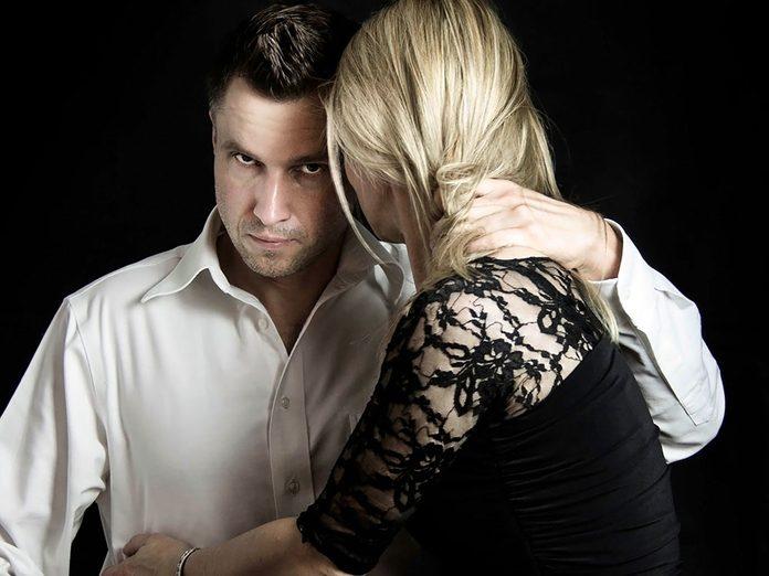 Arnaque à la romance: quand le piège se referme.