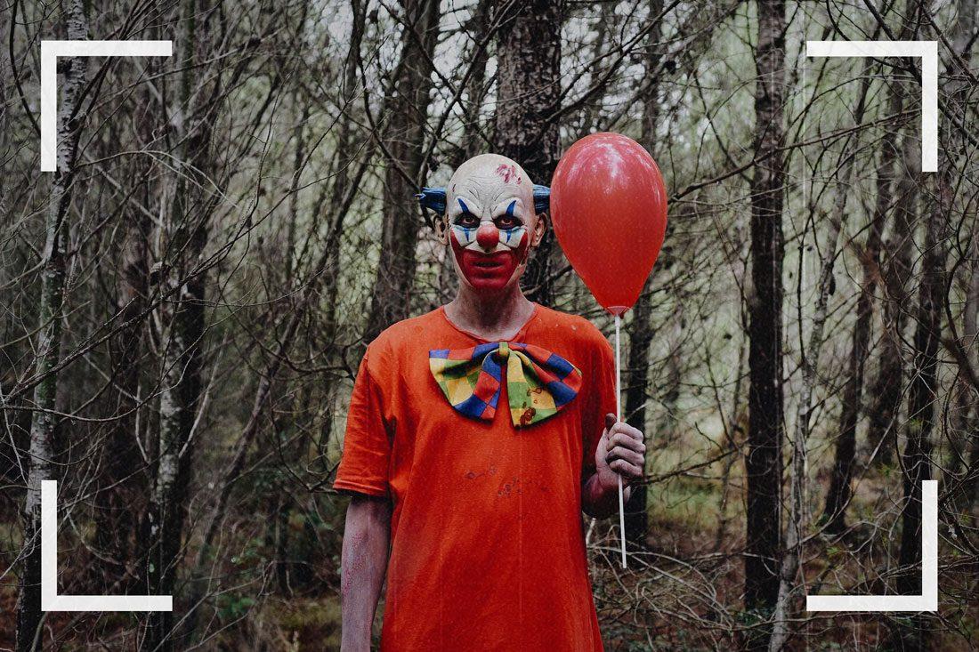Des caméras de surveillance ont pu capturer des images d'un clown tueur.