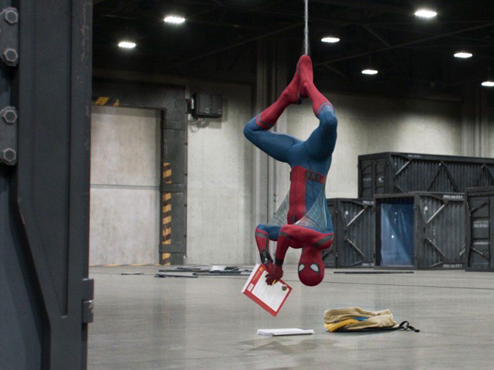 Regardez Spider-Man: Homecoming en 16e pour respecter la chronologie de film Marvel.