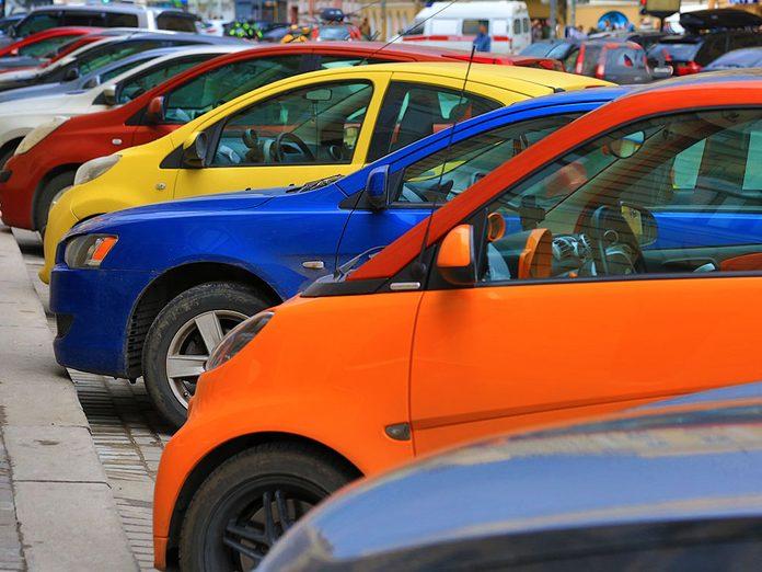 Comment la couleur de sa voiture peut affecter les risques d'accident?