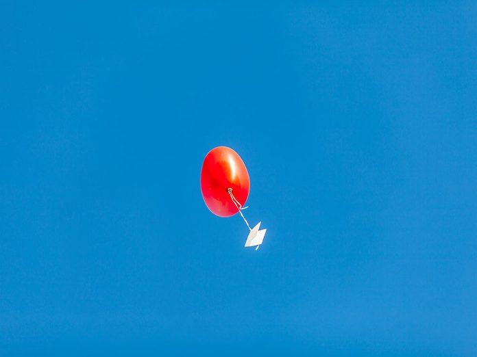 Le message envoyé par ballon allait-il aidé Desiree à faire son deuil?