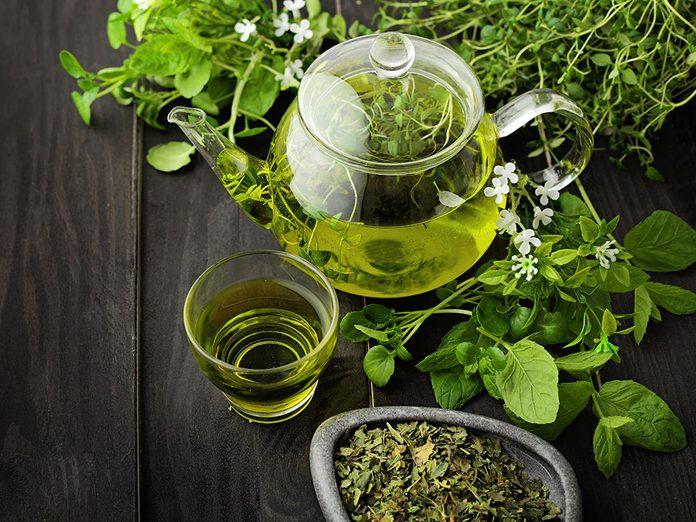Le thé vert fait partie des meilleurs aliments pour le cerveau.