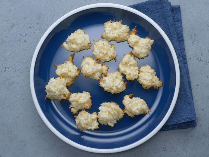 Une délicieuse recette de macarons à la noix de coco.