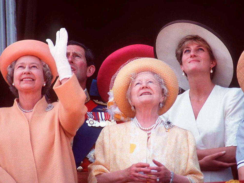 Photos de la princesse Diana en couleurs pastels.