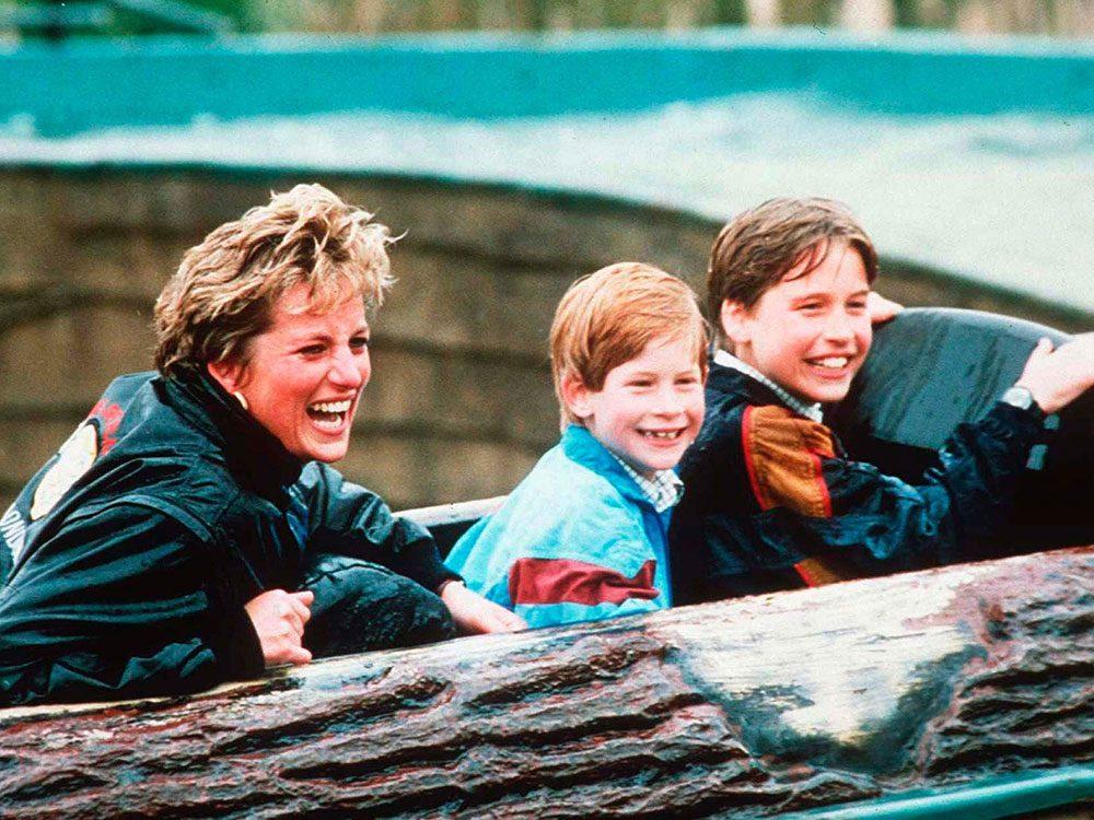 Photos de la princesse Diana avec ses garçons.