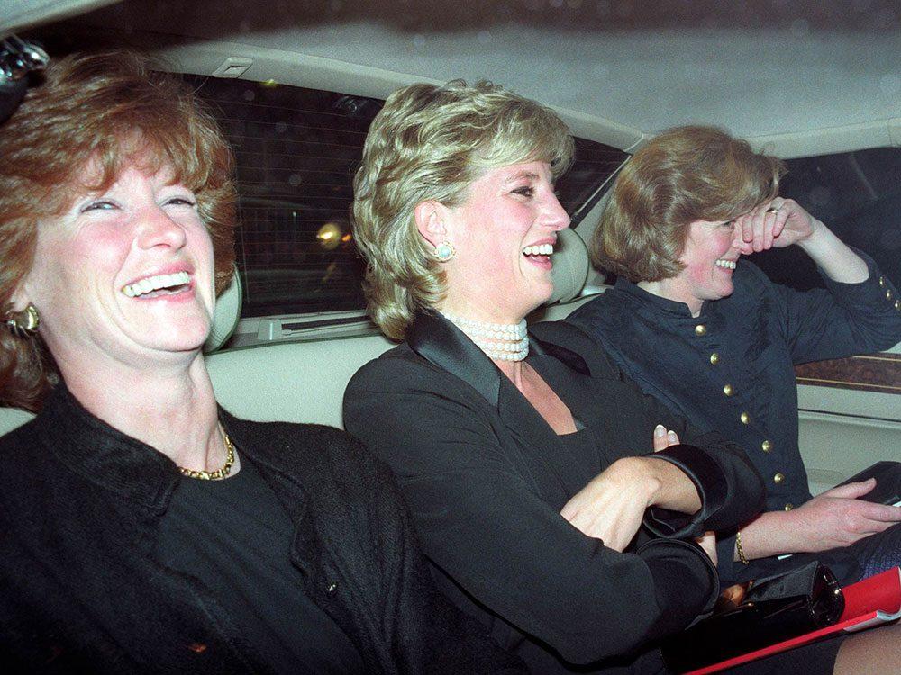 Photos de la princesse Diana avec ses sœurs.