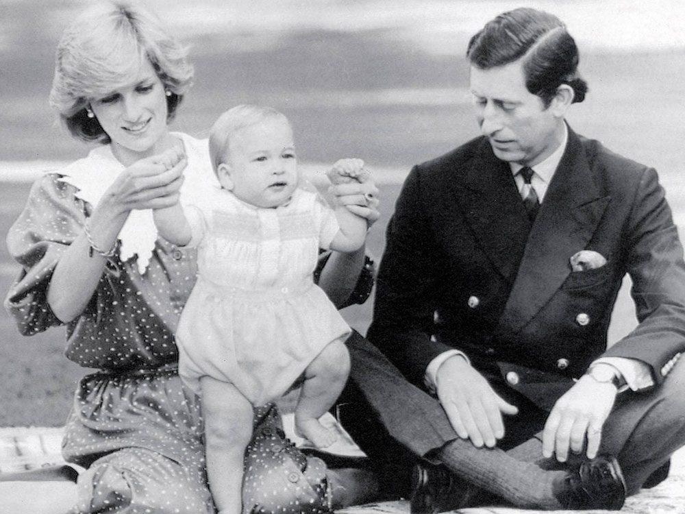Photos de la princesse Diana lors d'un pique-nique.